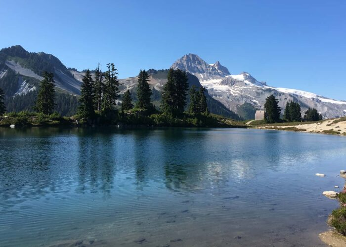 BeWild Adventures Elfin Lakes Hike