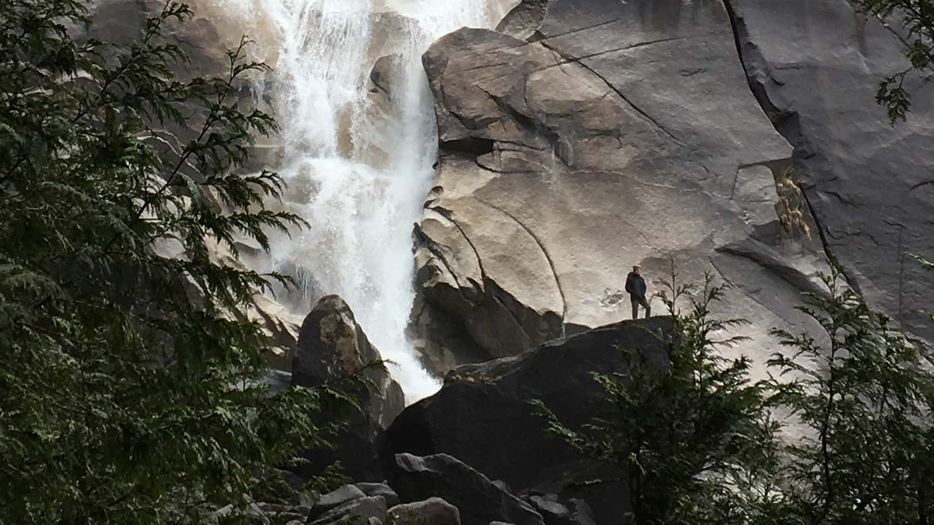 11Shannon Falls
