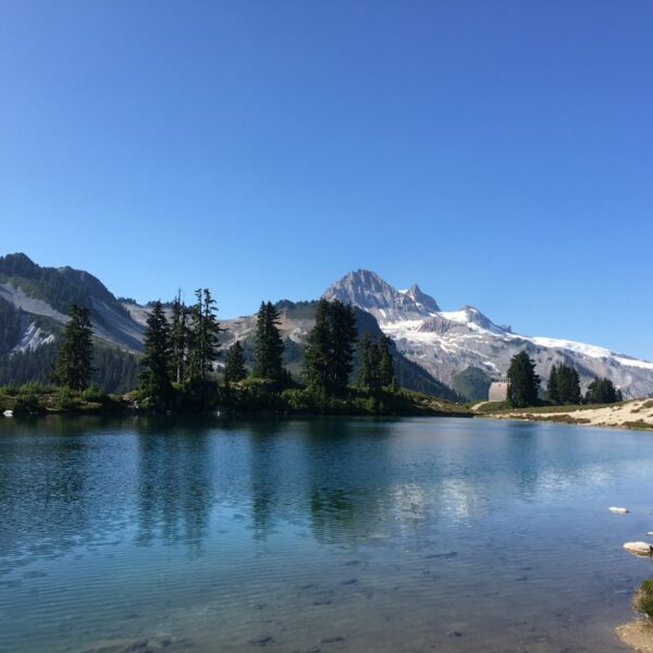 Clear blue skies over Elfin Lakes on a day hike in summertime with BeWild Adventures