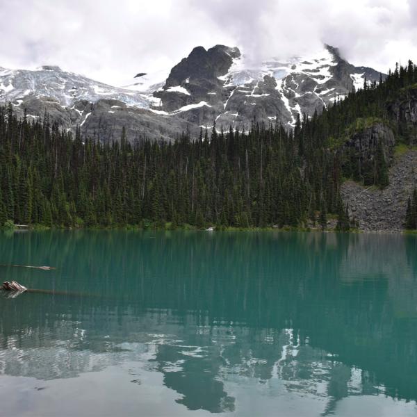 Joffre Lakes Canada hiking